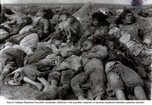 Kars'ın Subatan İlçesinde Ermeniler tarafından öldürülen Türk çocuklar, kadınlar ve karınları deşilerek bebekleri çıkarılan anneler.