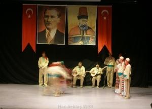 cemevi_ataturk_bayrak3