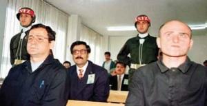 Emniyet İstihbarat Daire Başkanı Bülent Orakoğlu ve köstebek onbaşı Kadir Sarmusak askeri mahkemede birlikte yargılandılar. Orakoğlu tutuklandı. 56 gün Mamak Askeri Cezaevi'nde tutuldu. 1999 yılında beraat etti.